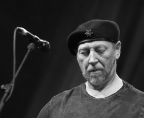 Crazy Man Michael - Richard Thompson
